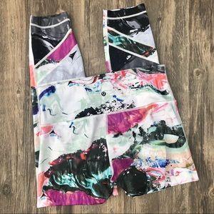Lululemon abstract cropped leggings